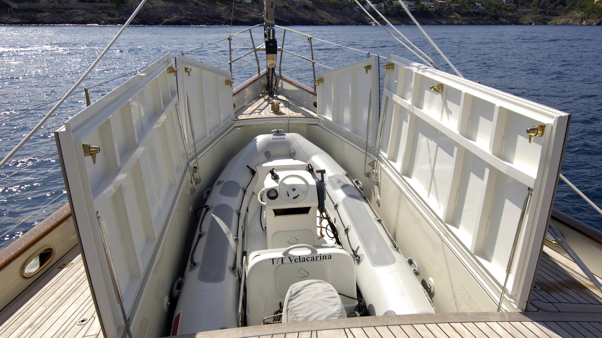 velacarina-yacht-tender