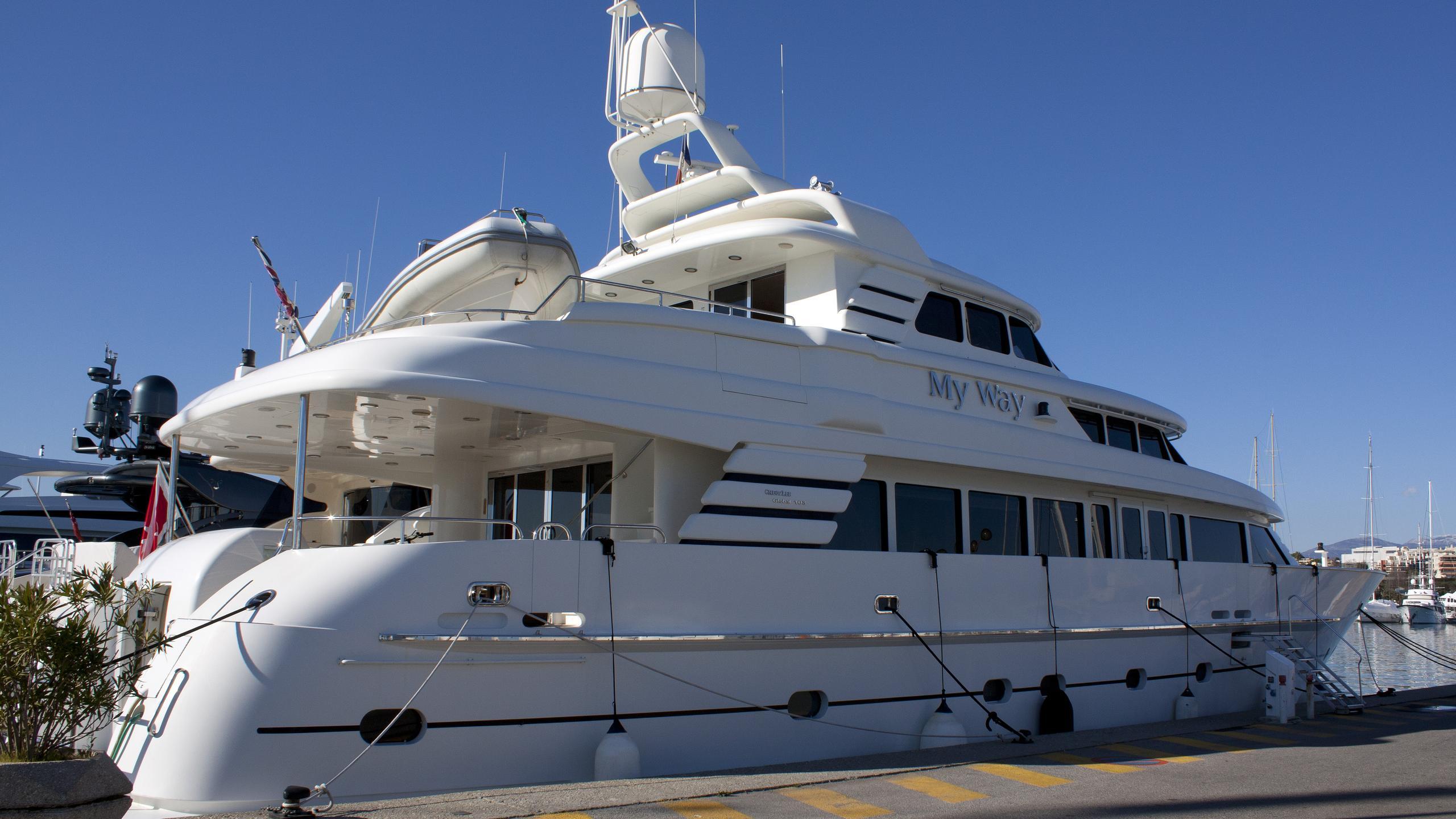 my-way-yacht-exterior
