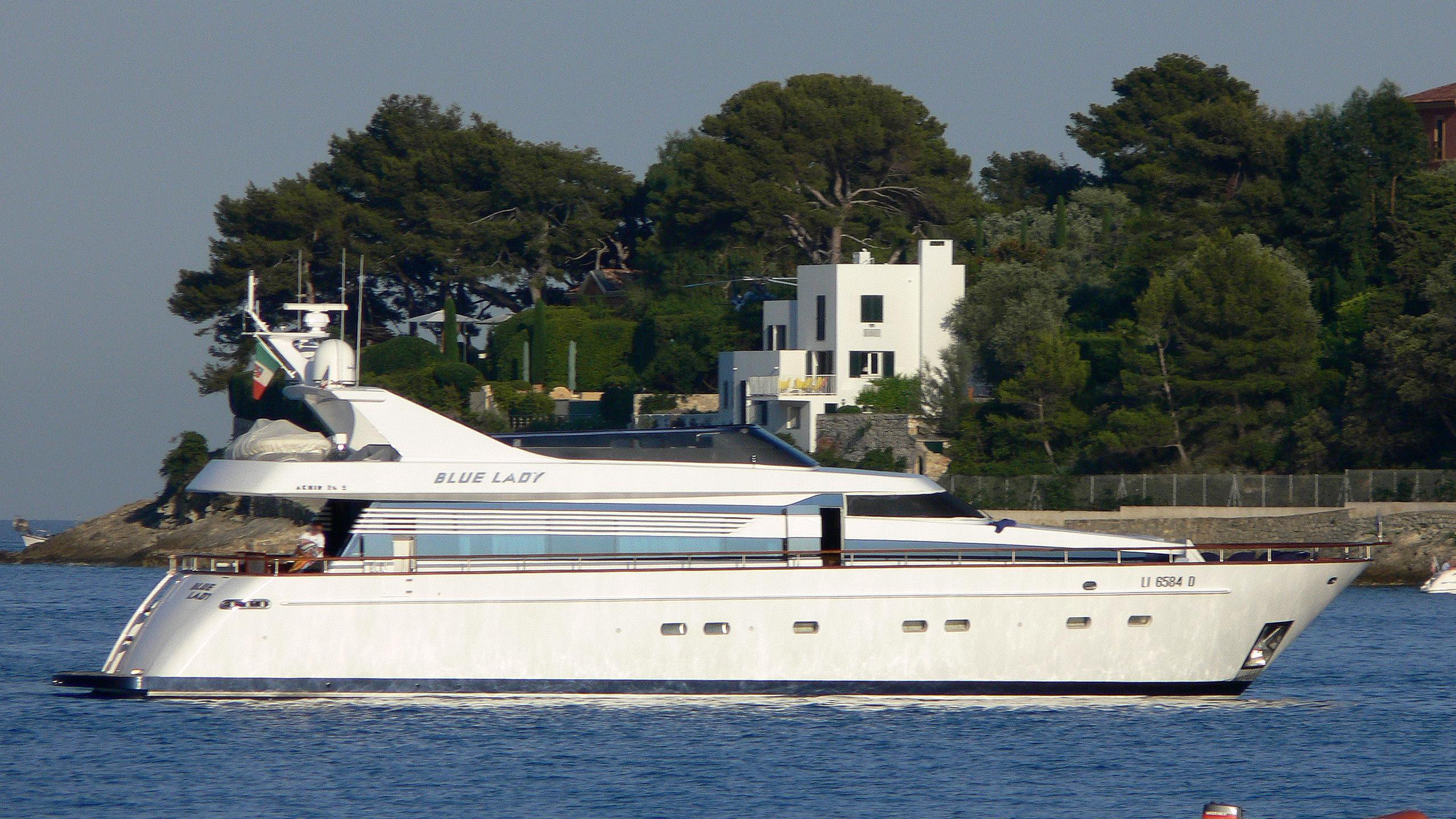 blue-lady-yacht-exterior