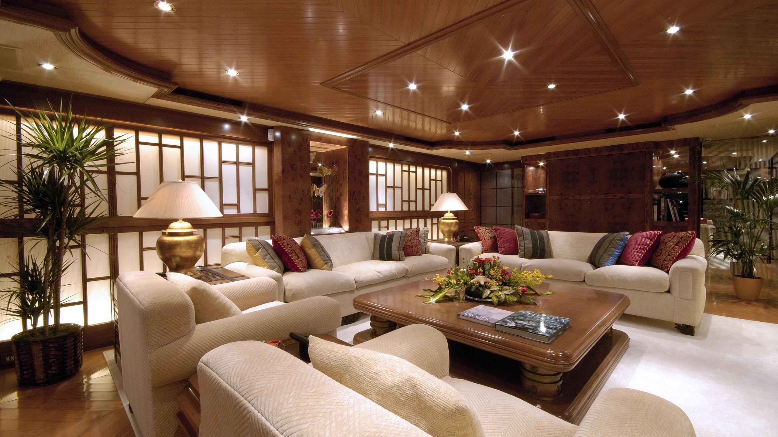pollux-yacht-saloon