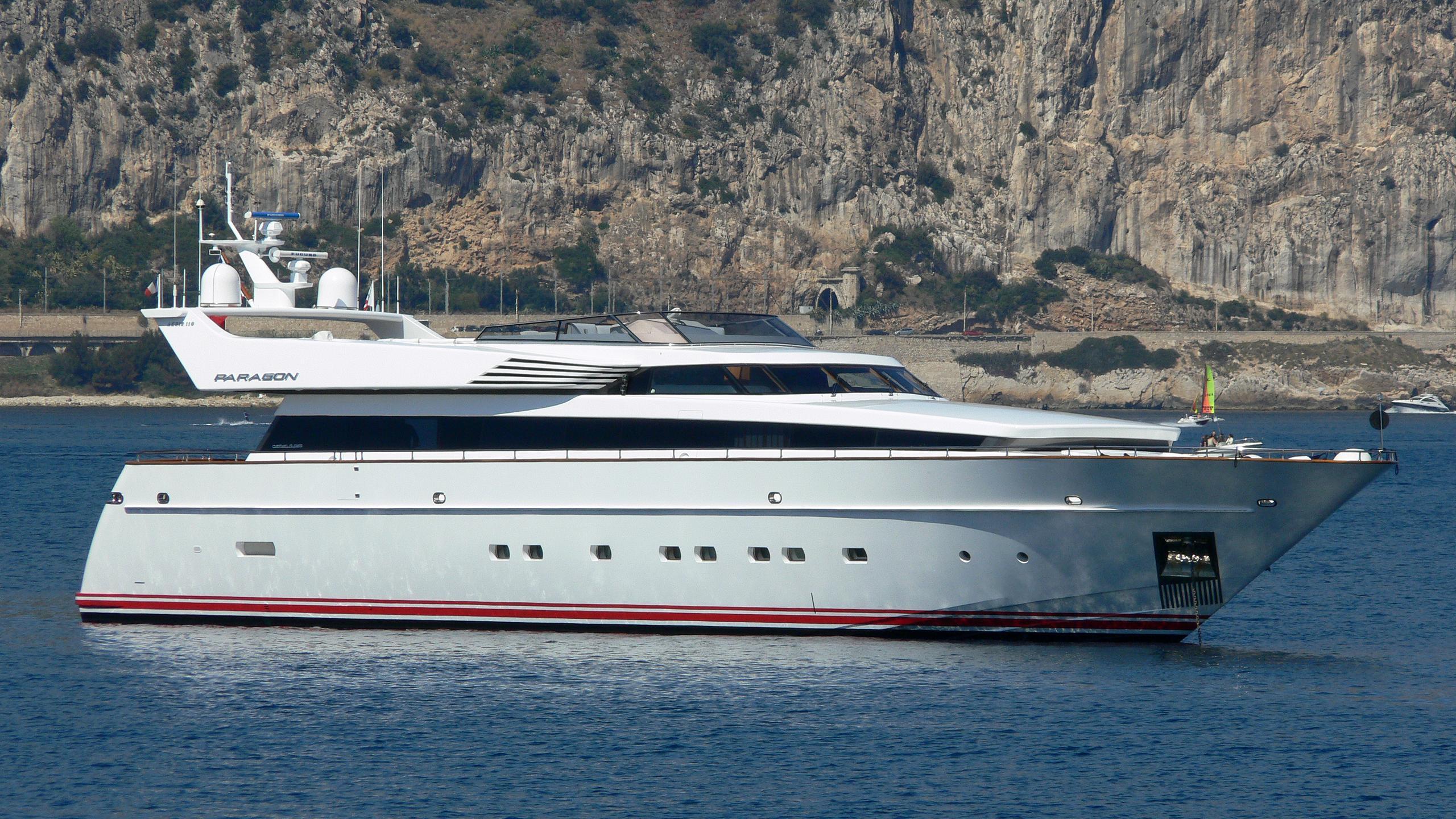 pollux-yacht-exterior