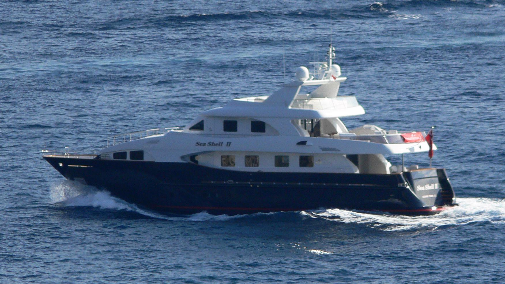 sea-shell-ii-yacht-exterior