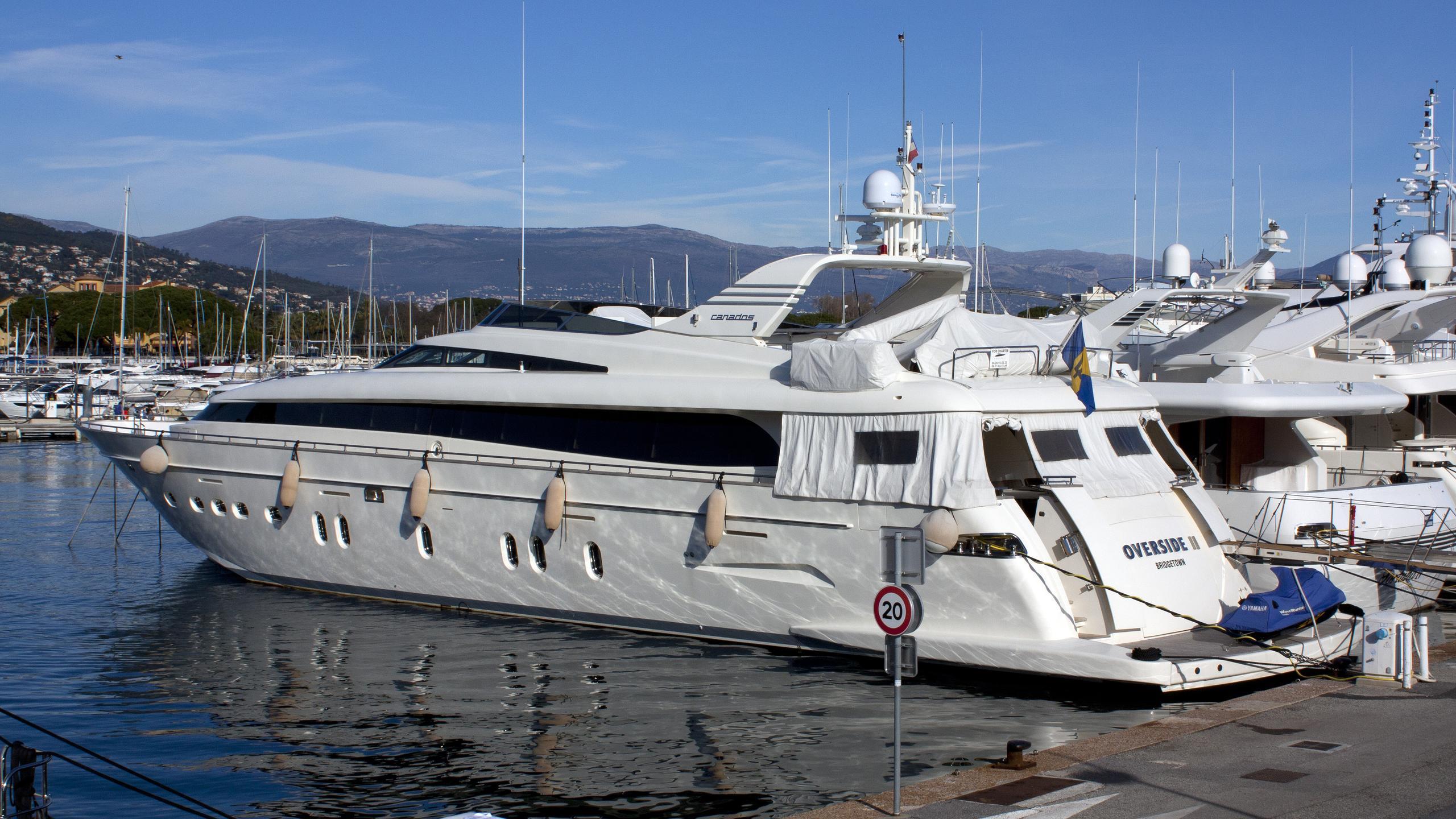 overside-ii-yacht-exterior