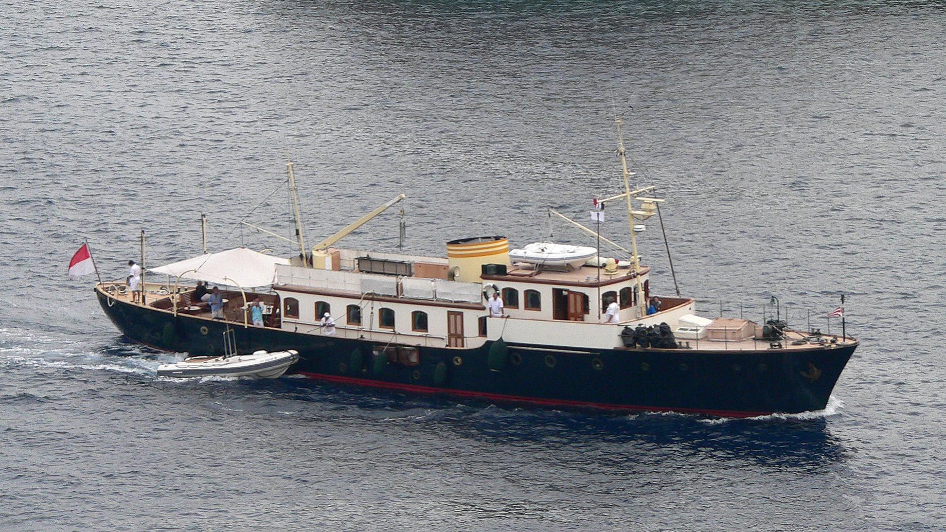 pacha-iii-yacht-exterior