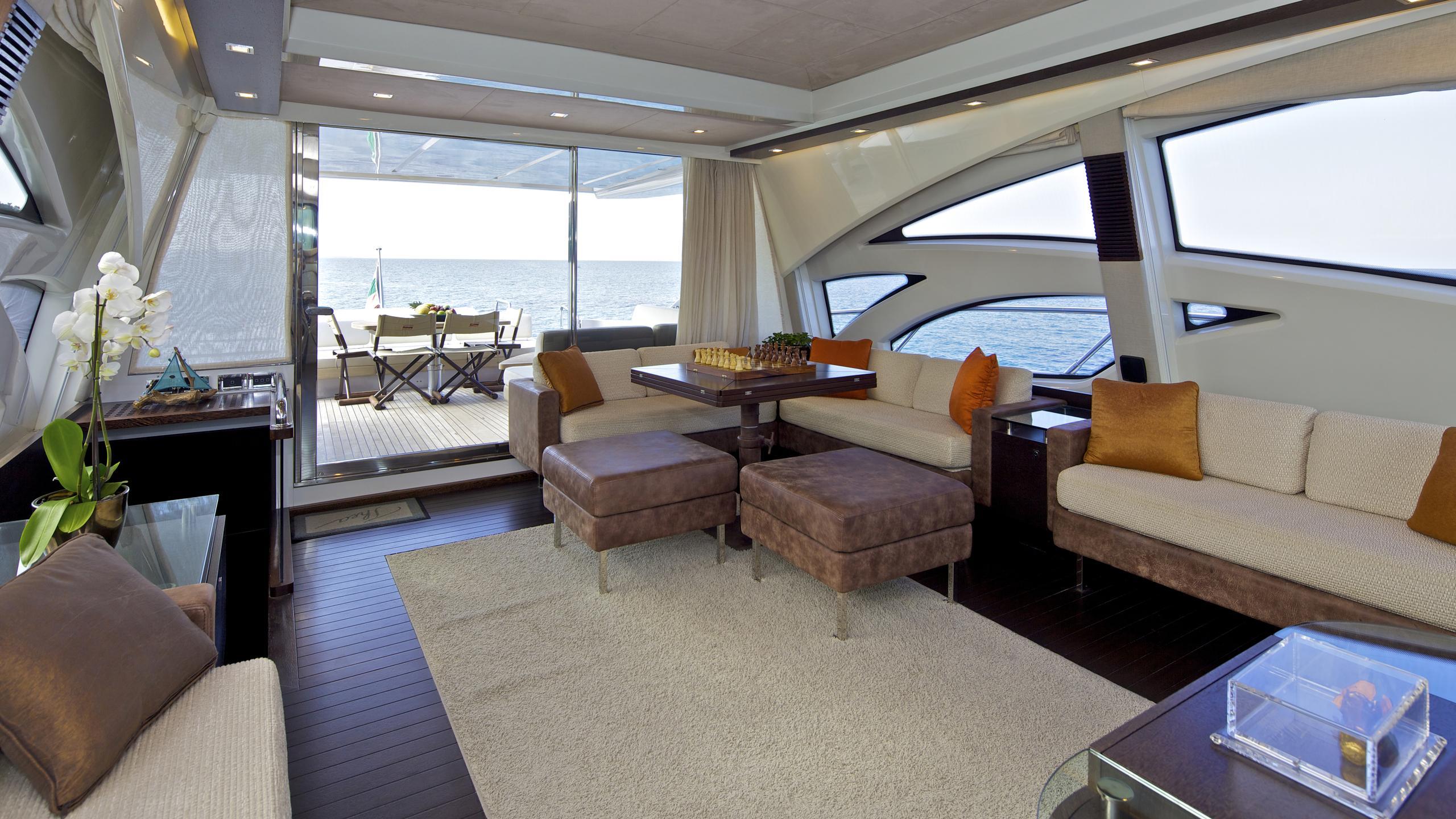 thea-malta-yacht-saloon