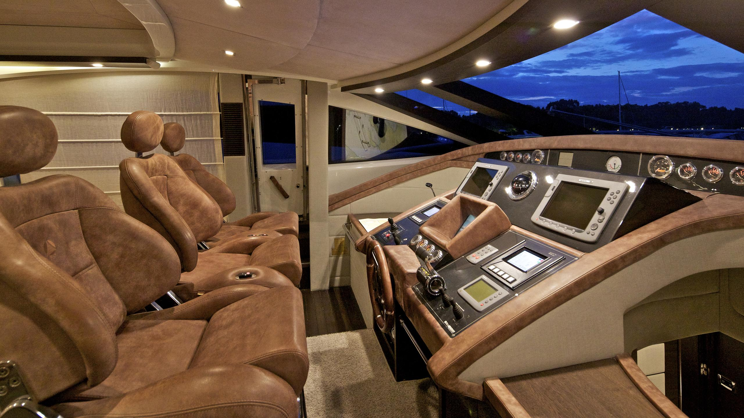 thea-malta-yacht-helm