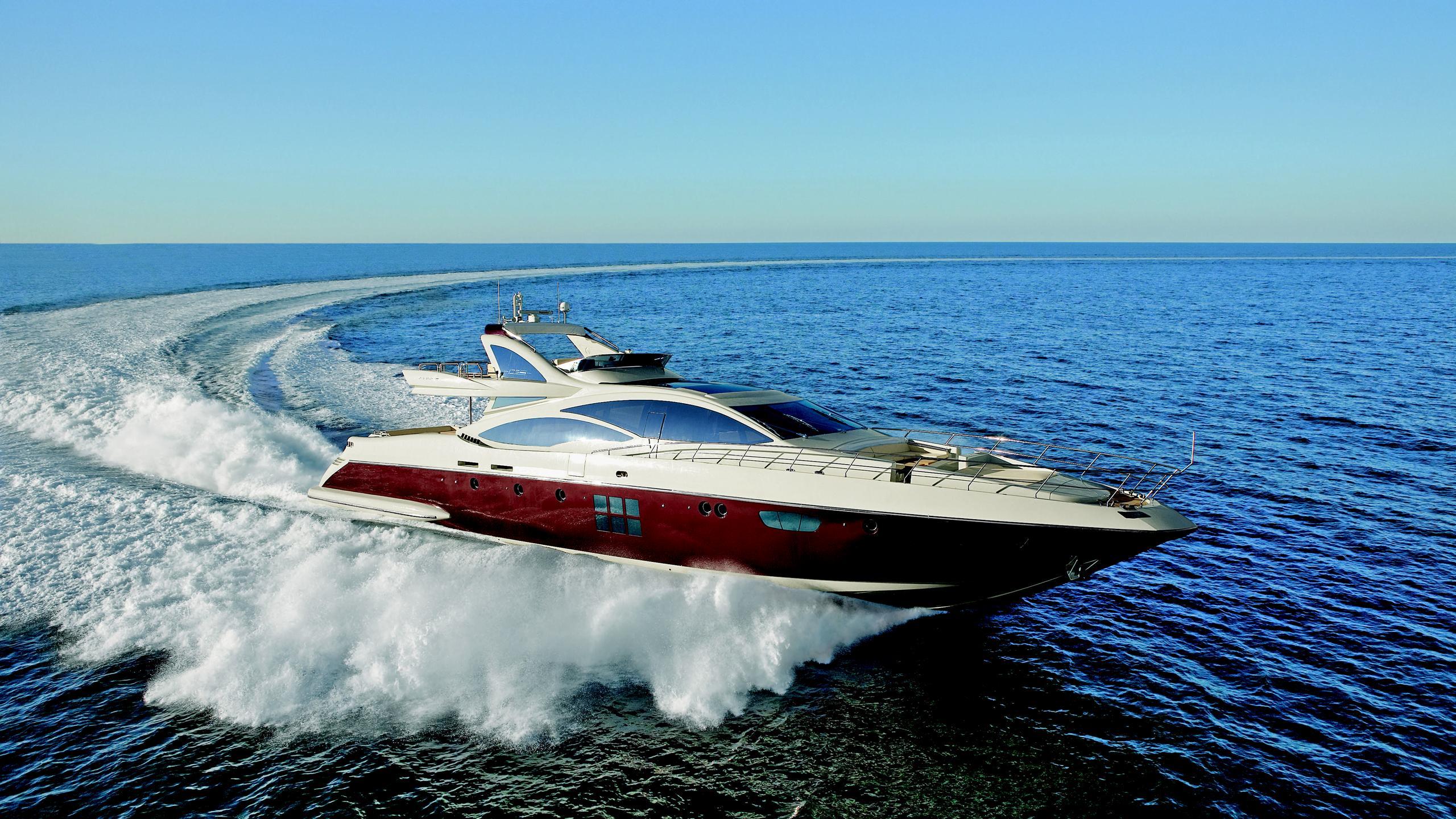 duke-yacht-for-charter-running