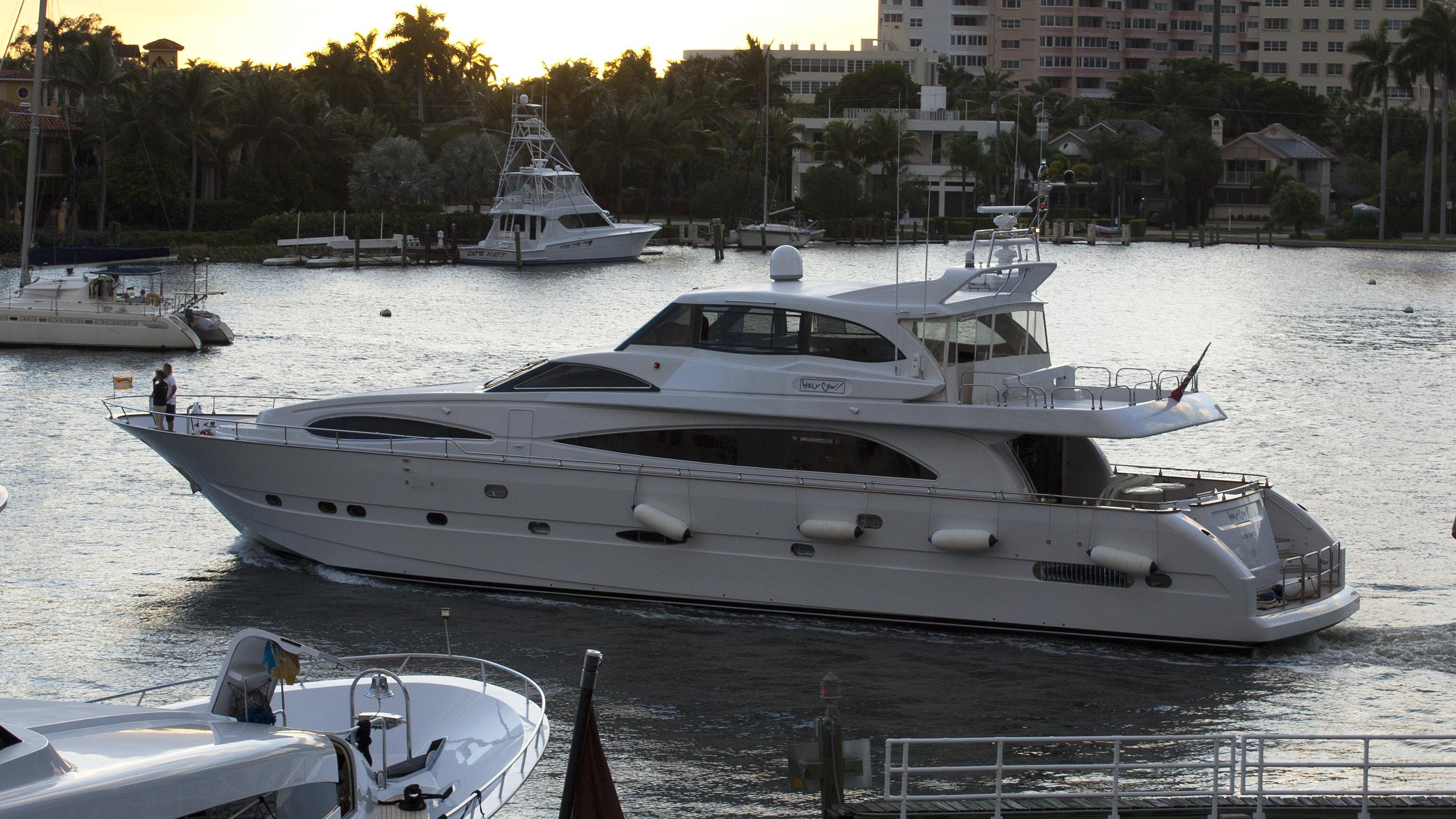 crazy love holycow motoryacht astondoa profile