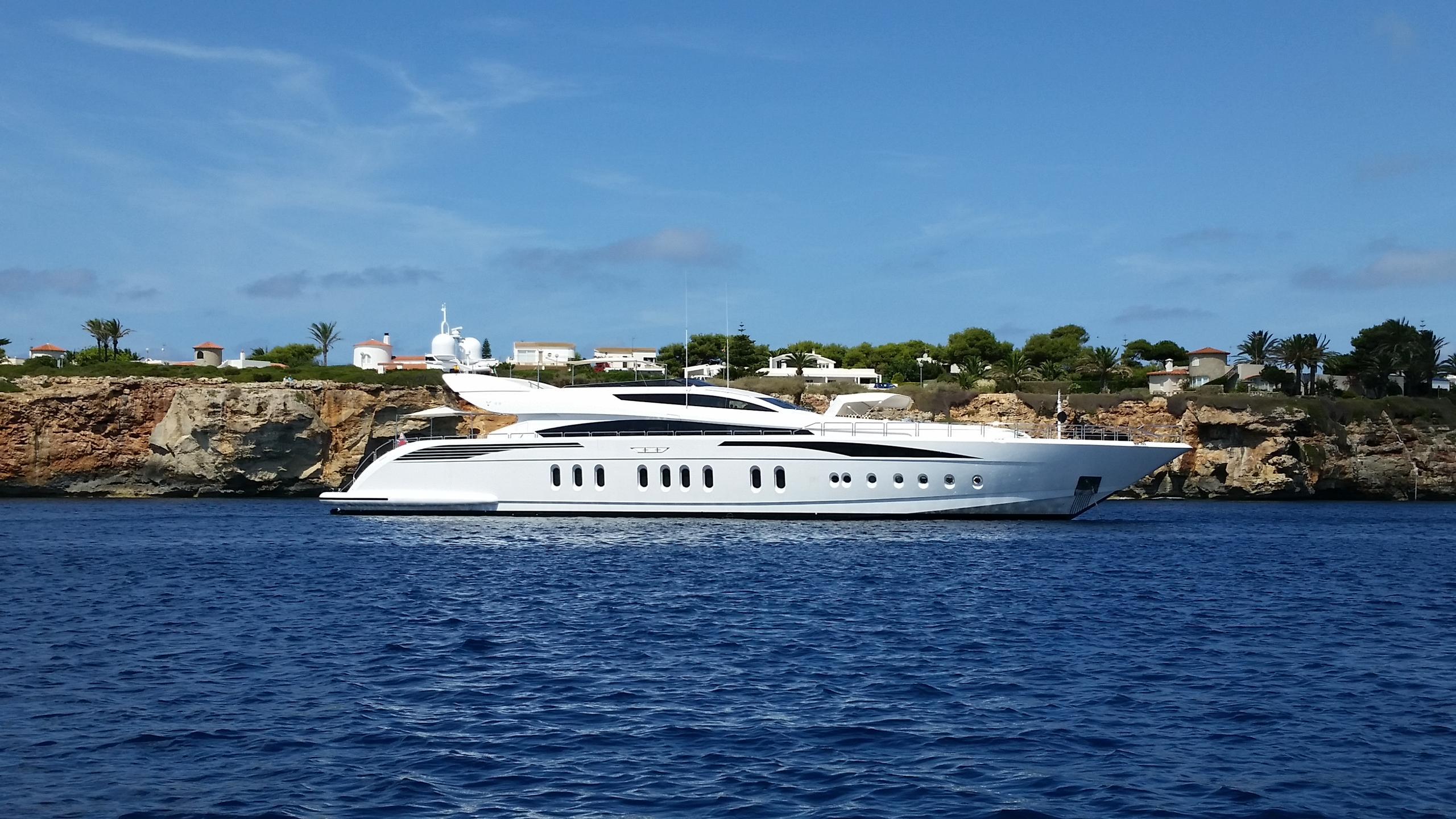 tutto-le-marrané-yacht-for-sale-profile