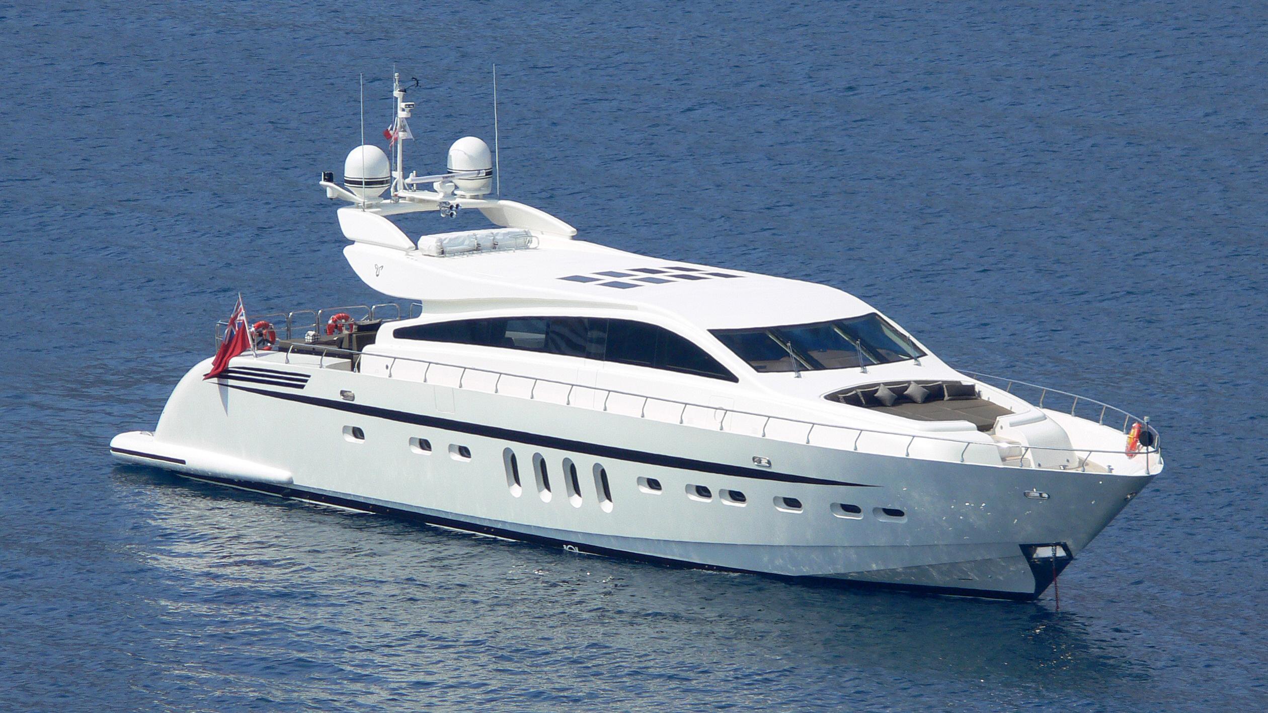 aleon-yacht-exterior
