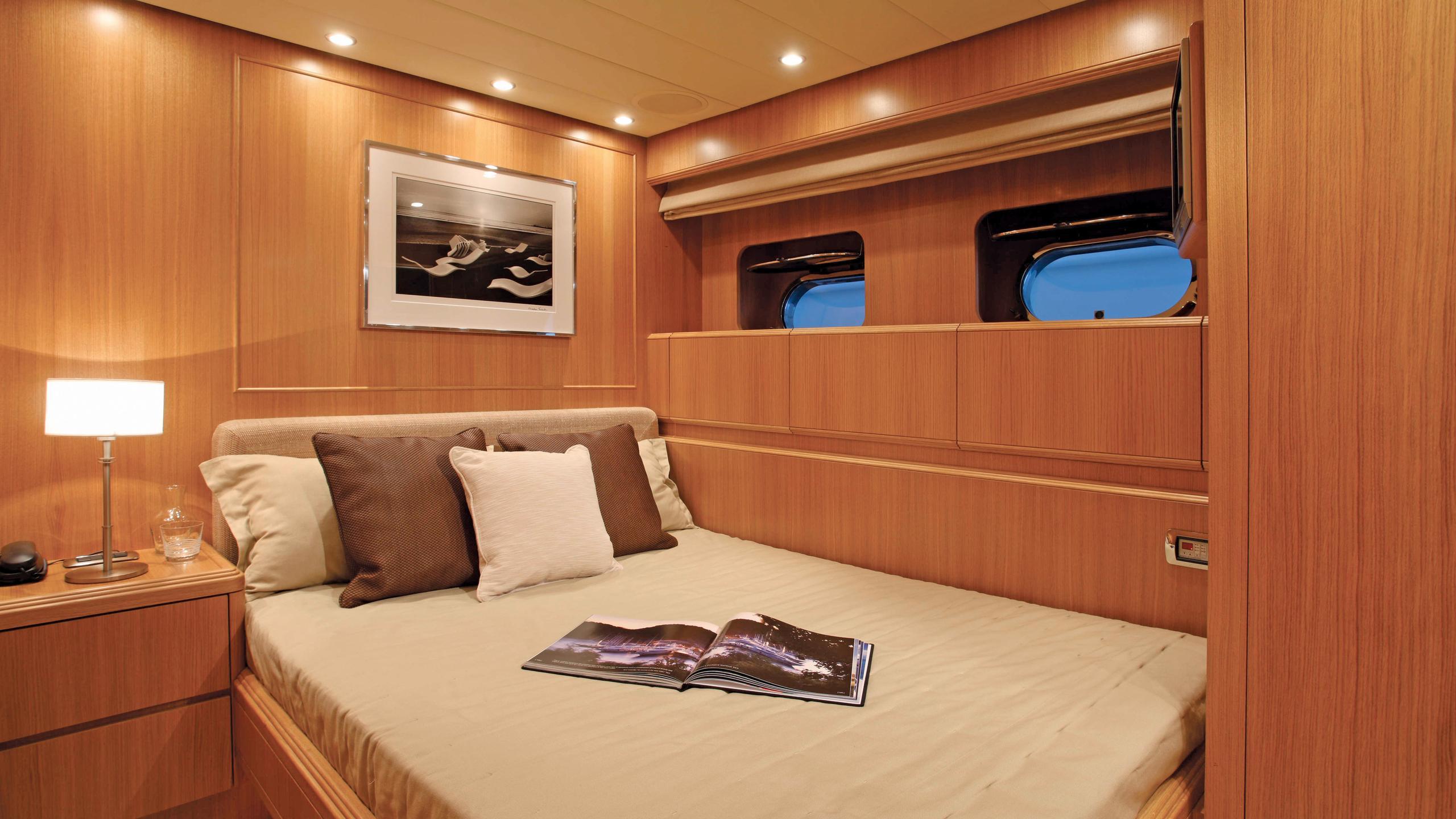 little-jems-yacht-double-cabin