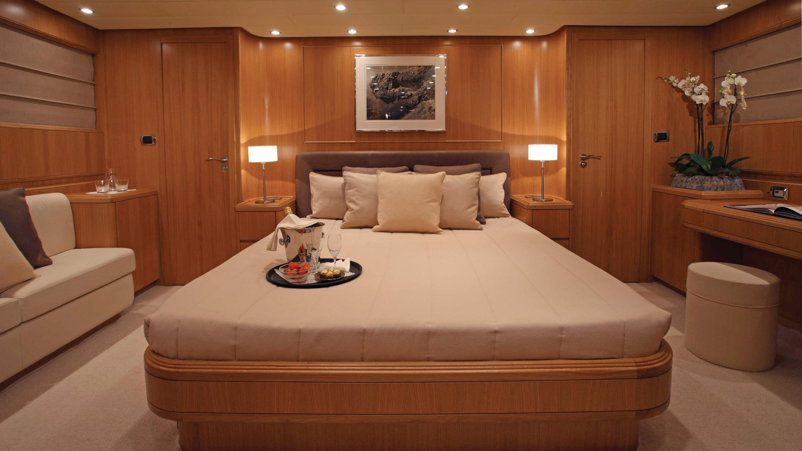 little-jems-yacht-master-cabin