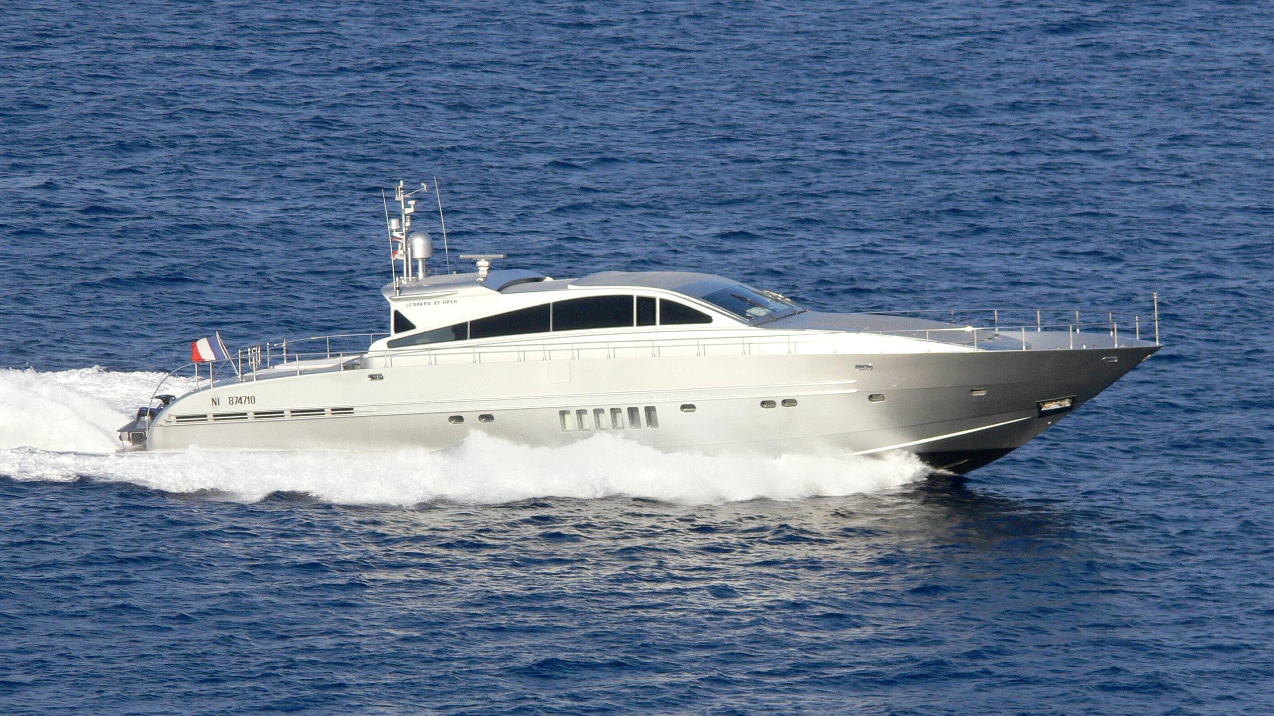 zamboanga-yacht-exterior