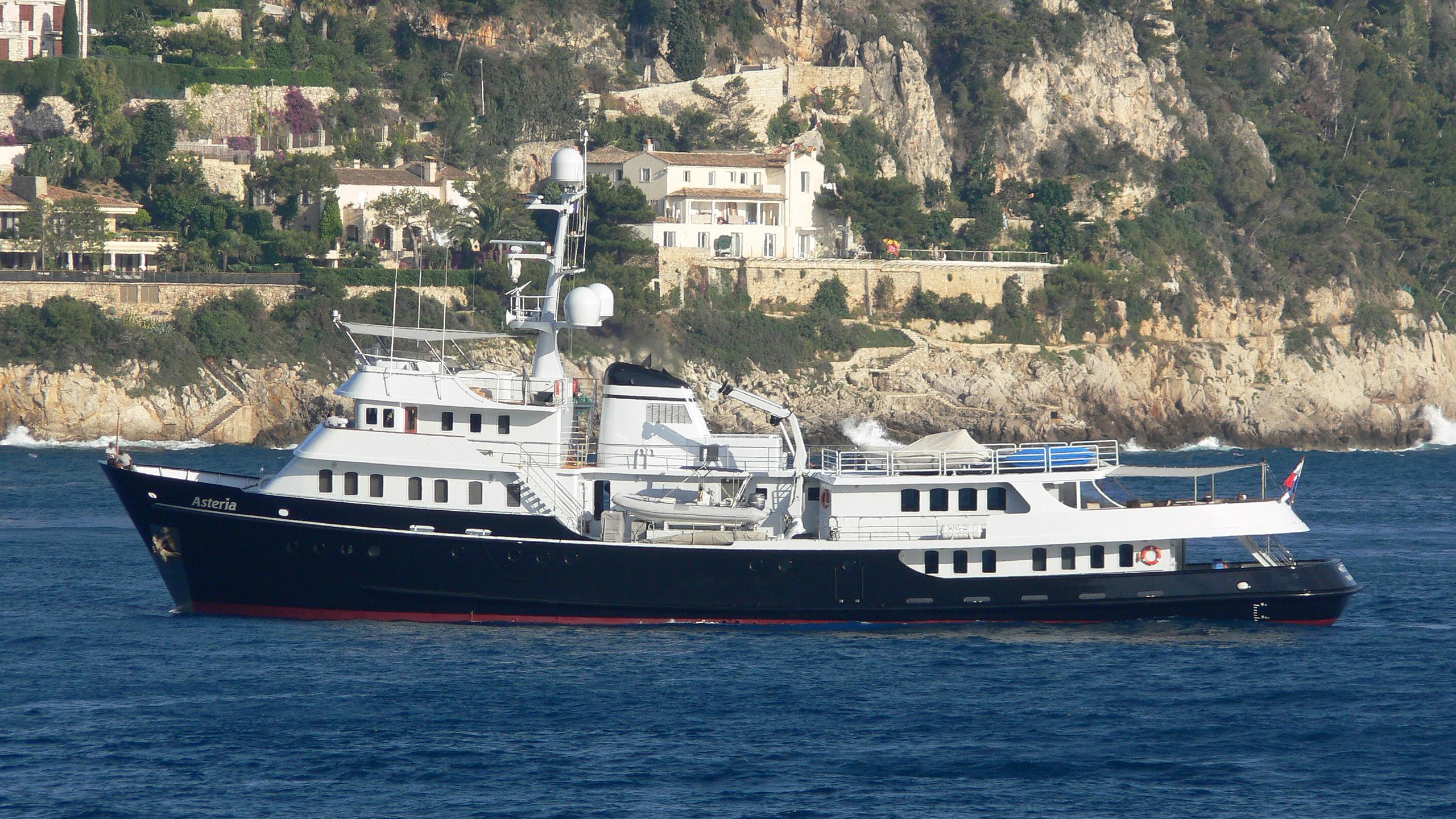 asteria-yacht-exterior