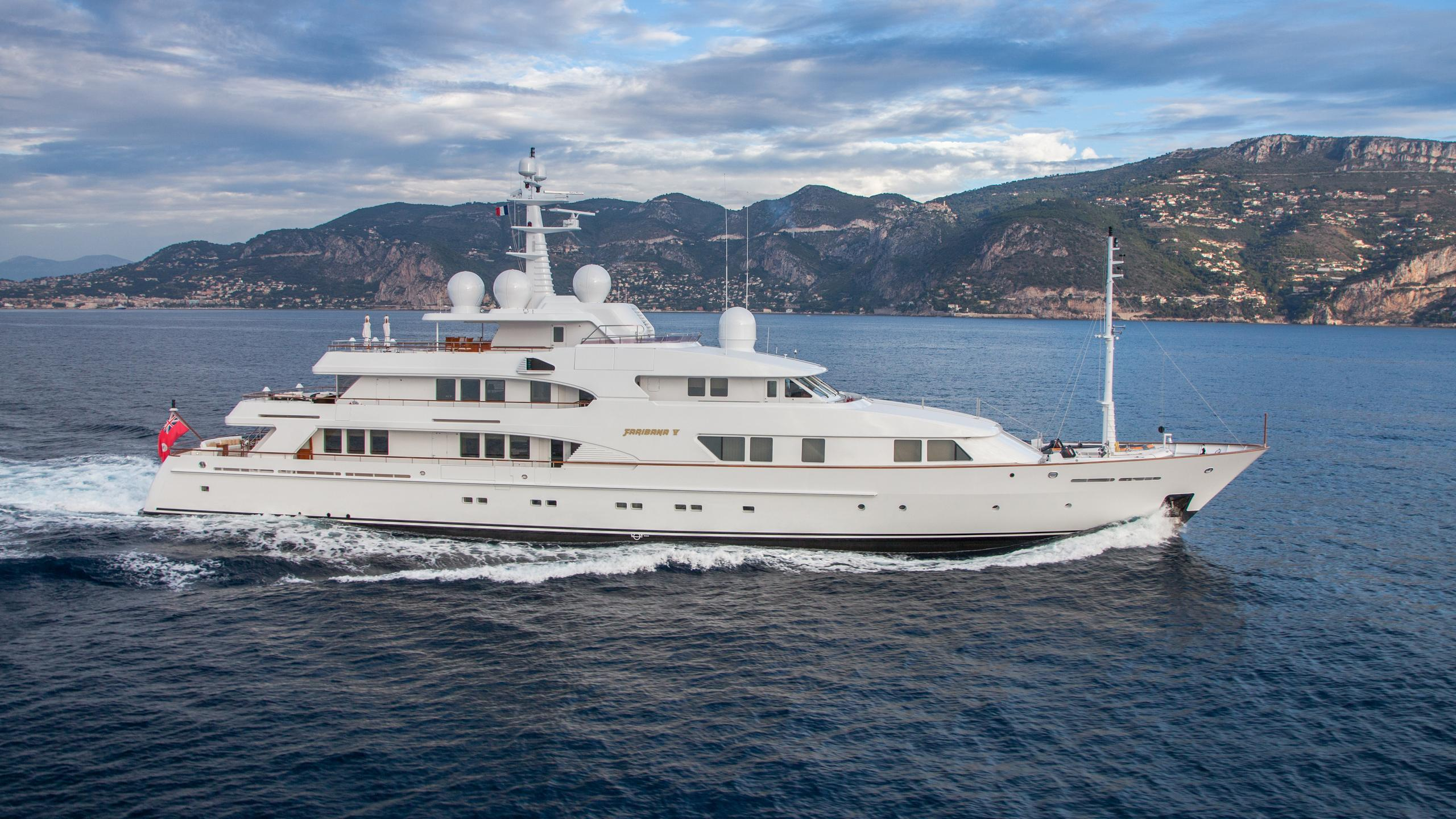 faribana-v-yacht-for-sale-profile