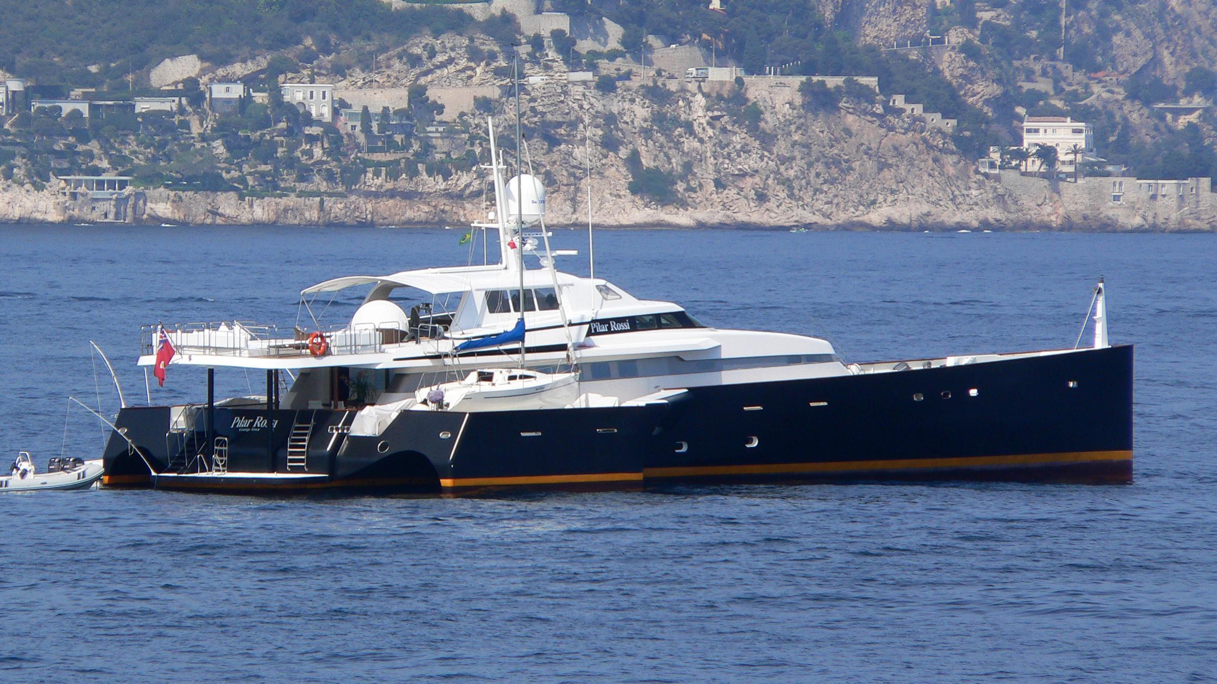 pilar-rossi-yacht-exterior