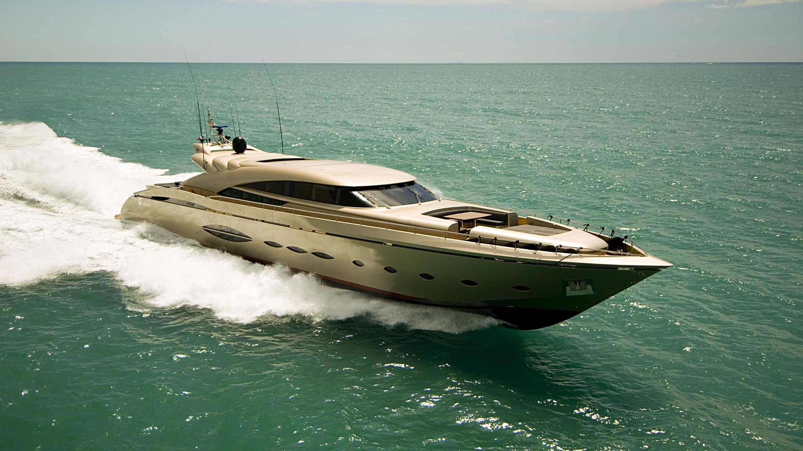 OXYZEN-yacht-cruising
