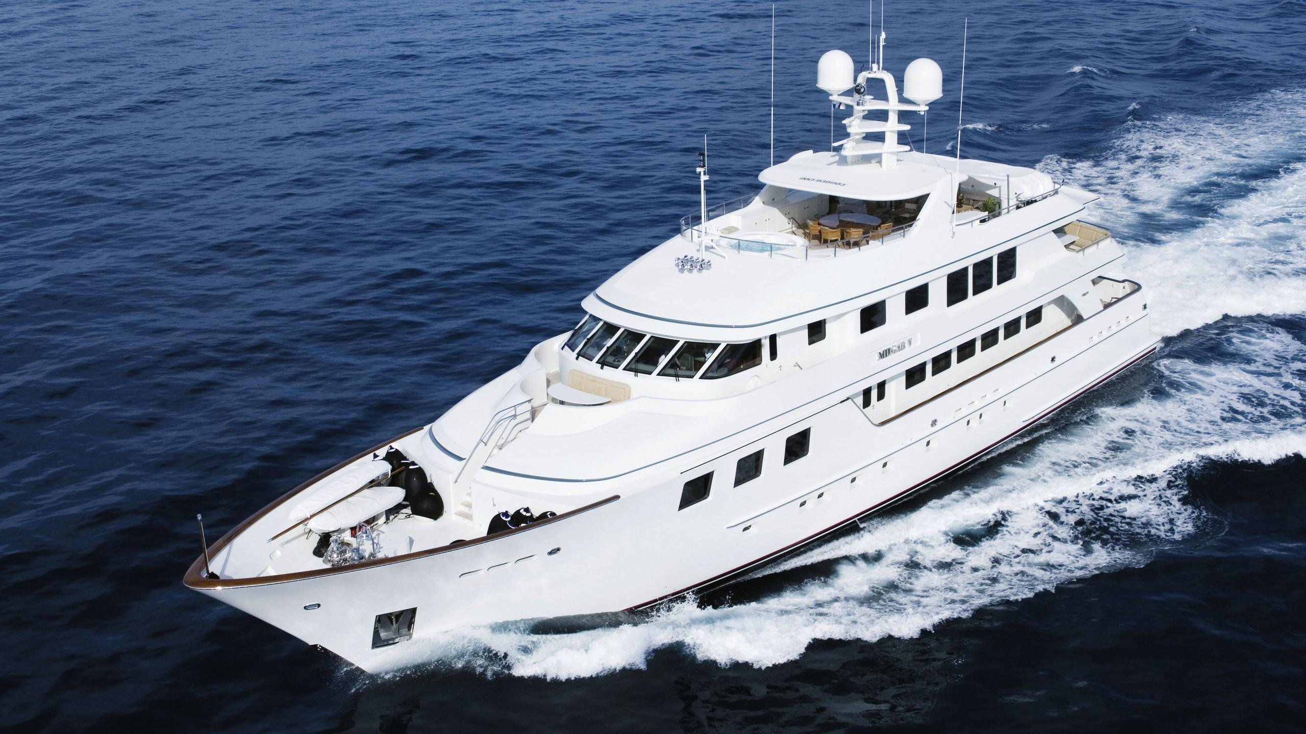 maghreb-v-yacht-cruising