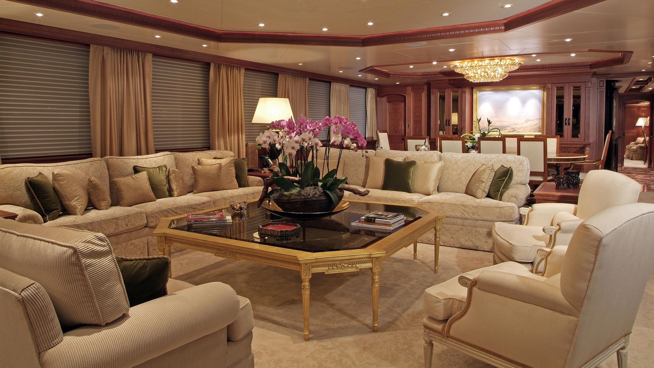 maghreb-v-yacht-saloon