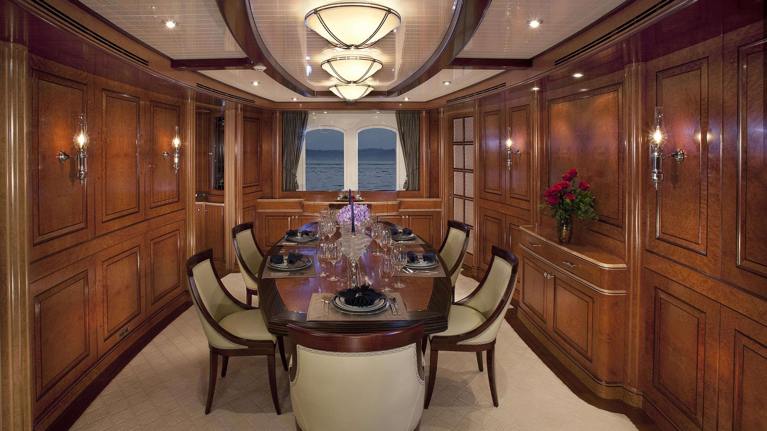 nadan sycara iv motoryacht burger boat 46m 2009 dining