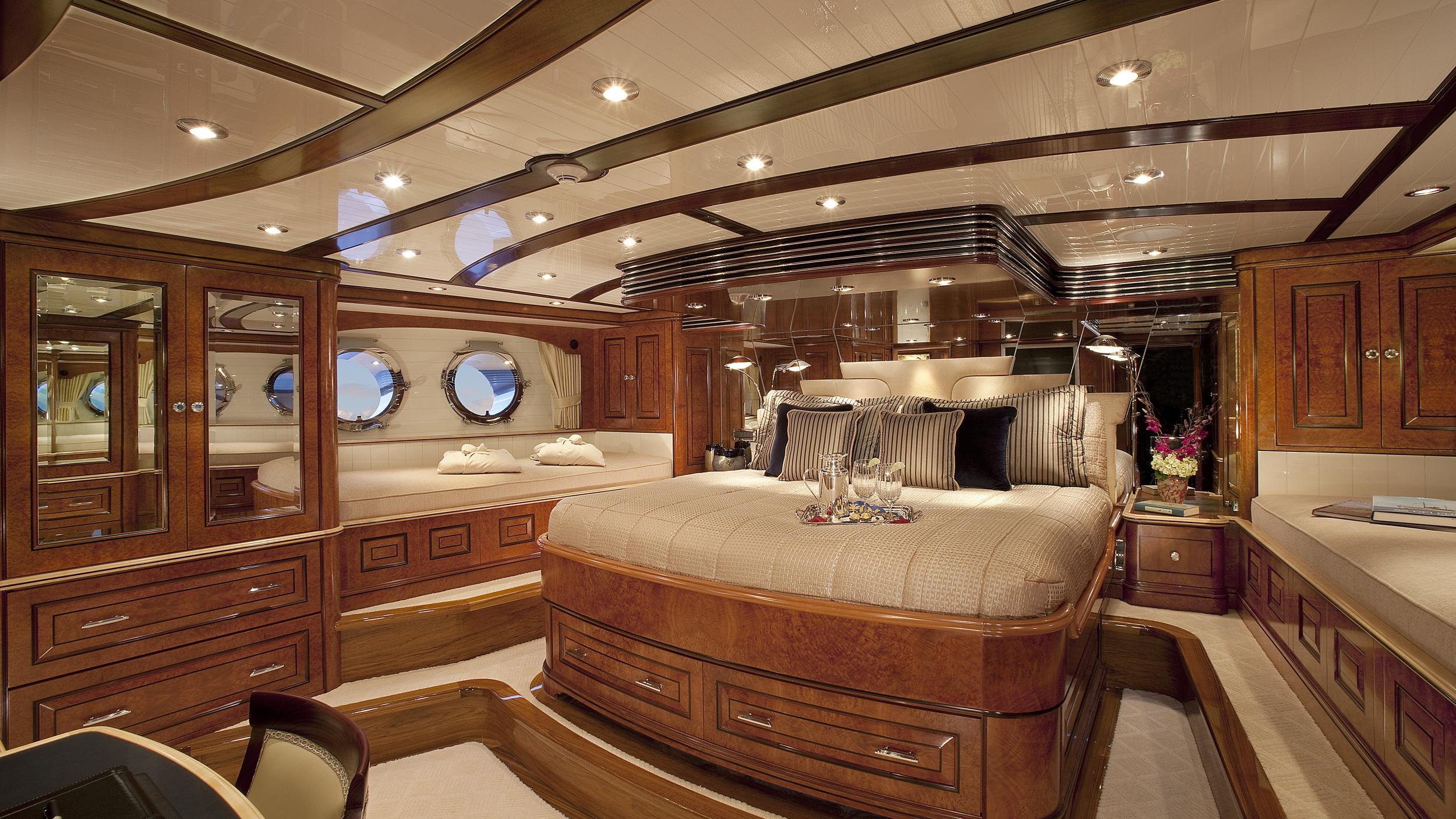 nadan sycara iv motoryacht burger boat 46m 2009 master