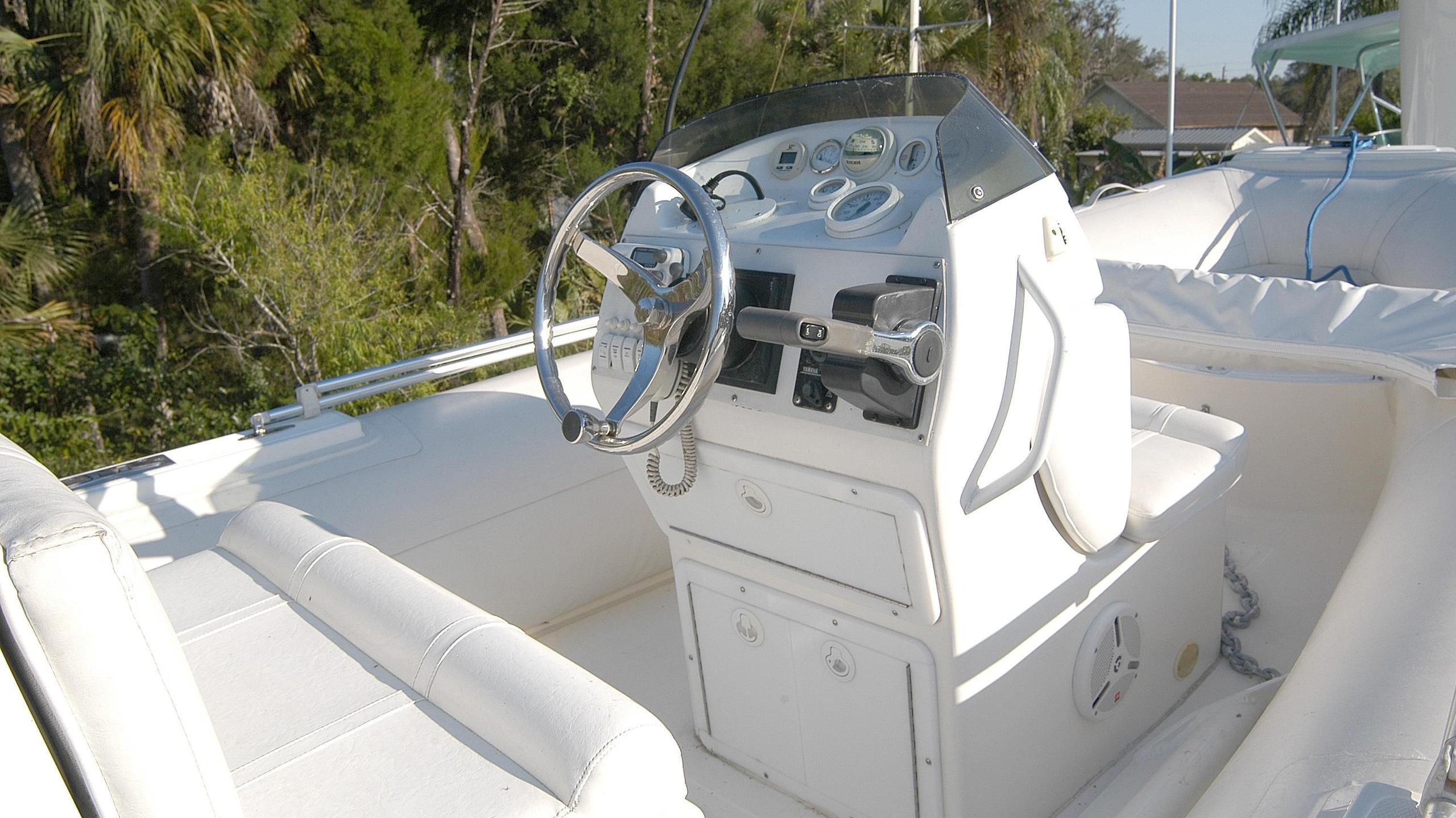 capricho-yacht-tender