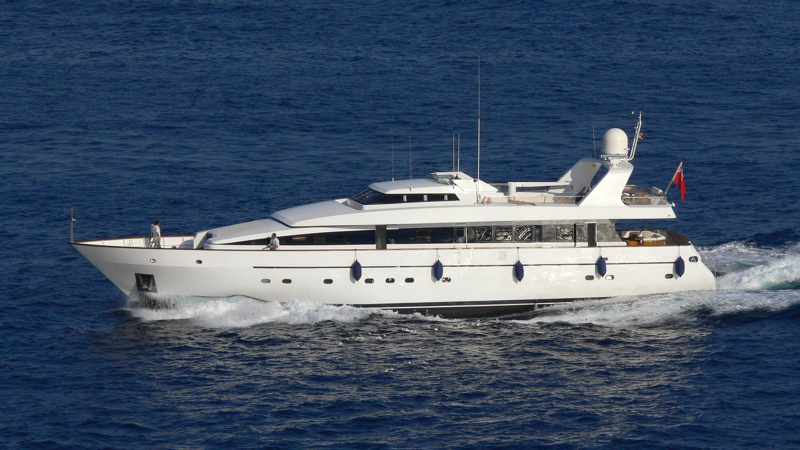 christophorus-vi-yacht-exterior