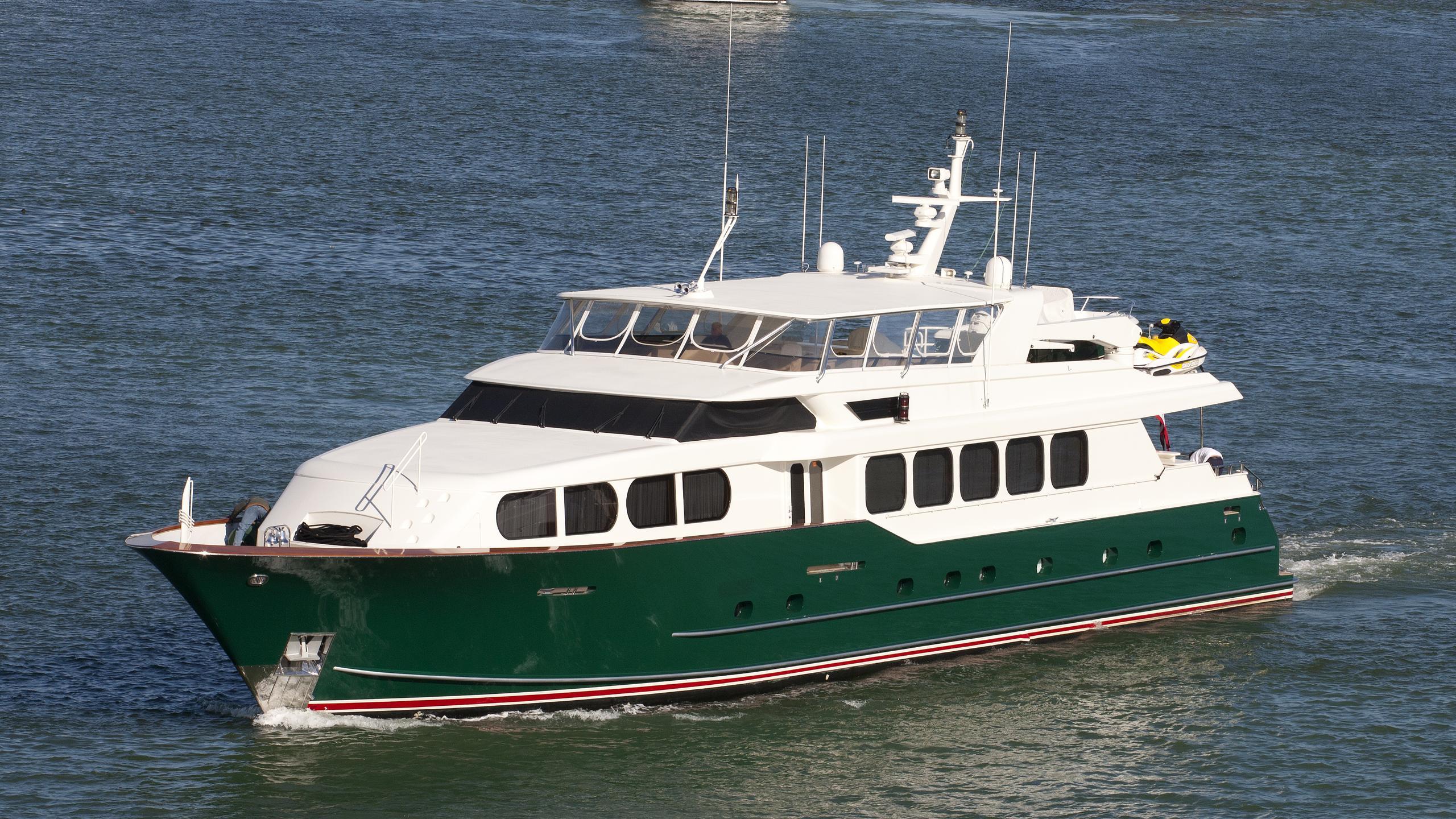 savoir faire sonas motoryacht broward marine 37m 2001 half profile