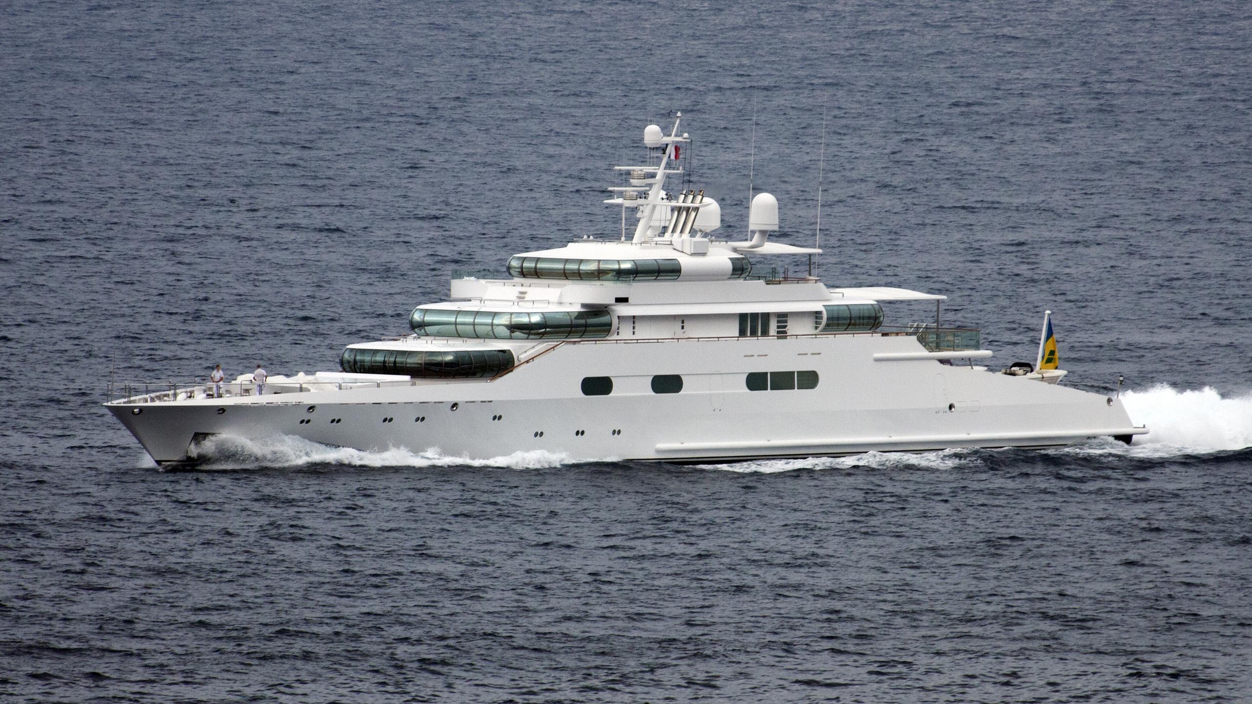zeus-enigma-motor-yacht-blohm-voss-1991-75m-profile-cruising