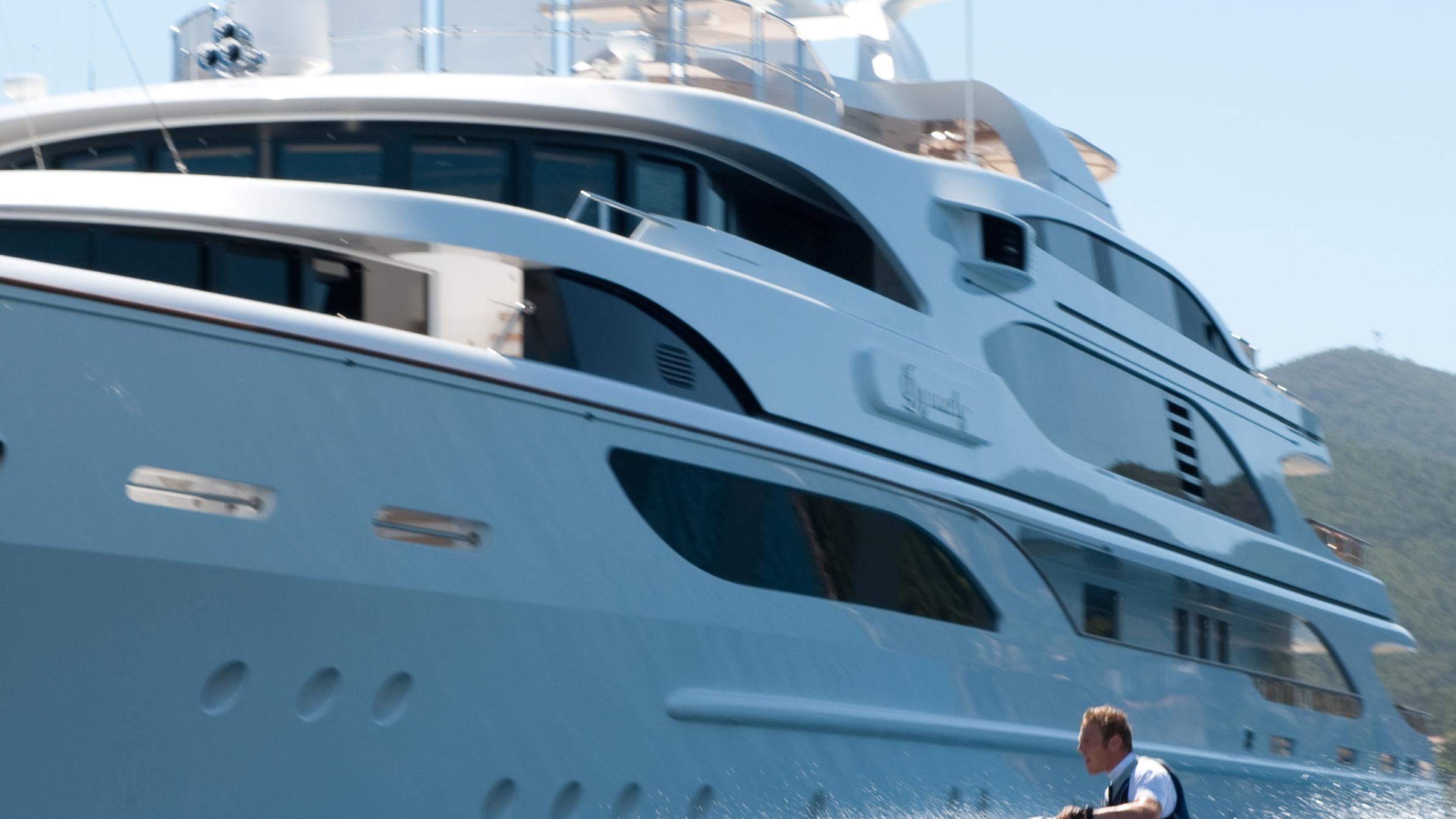 i-dynasty-yacht-toys