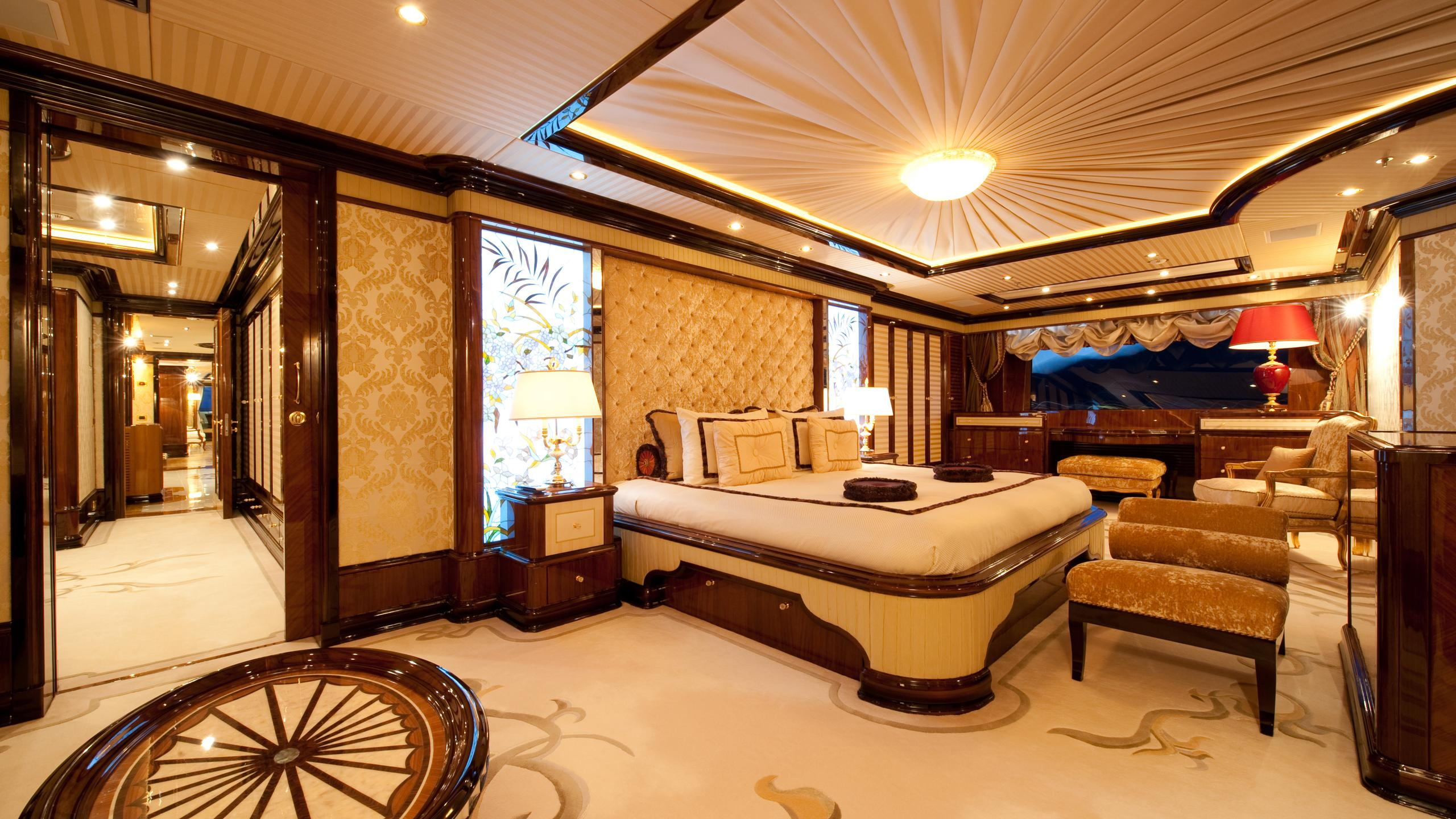 i-dynasty-yacht-double-cabin