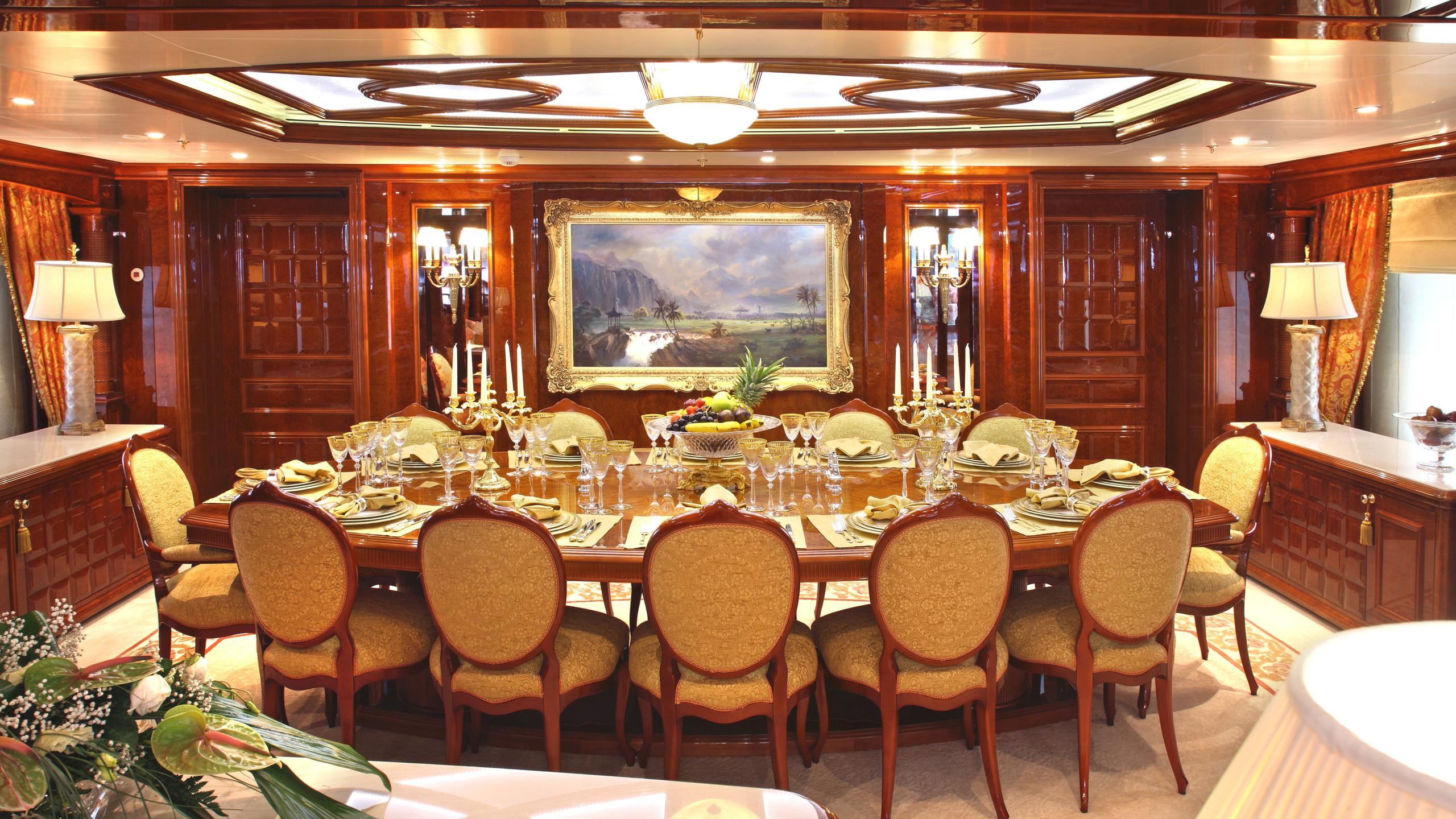 st-david-yacht-formal-dining