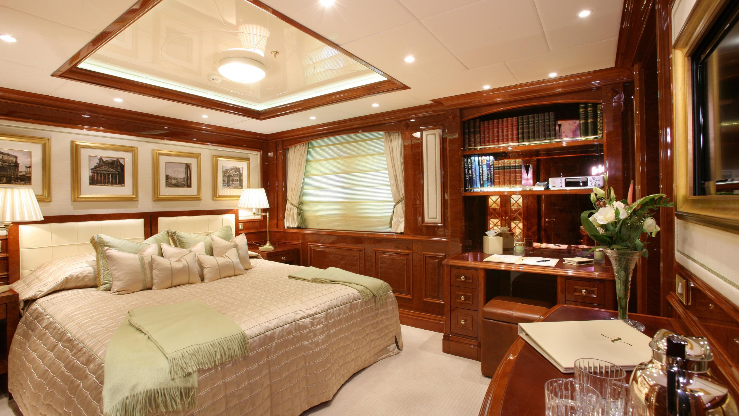 st-david-yacht-double-cabin