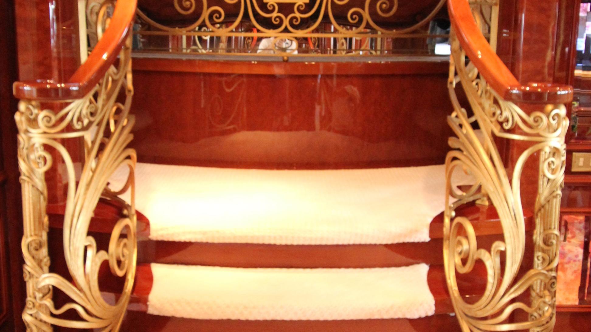 st-david-yacht-master-staircase