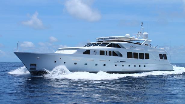 super yacht la sirena