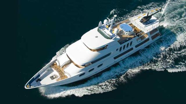 super yacht leight star aerial view
