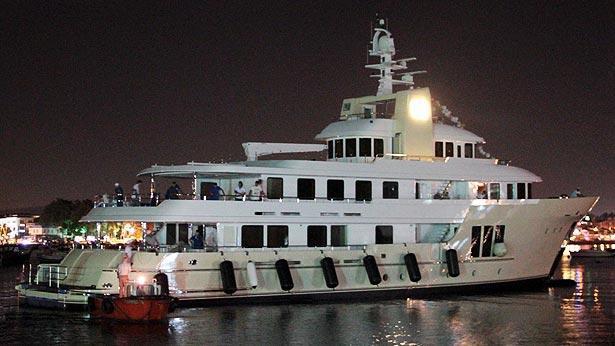 super yacht E&E