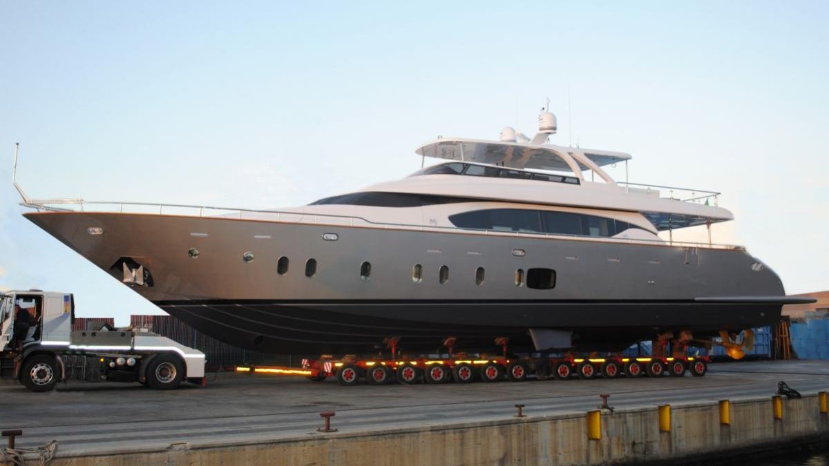 vita xl motoryacht maiora 29m 2015 launch