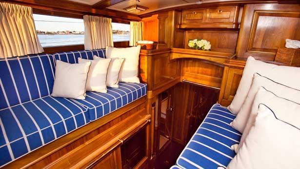 Super Yacht Hanuman deckhouse