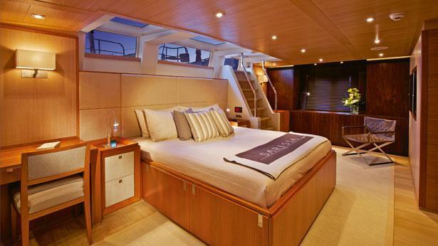 Sailing Yacht Sarissa master cabin
