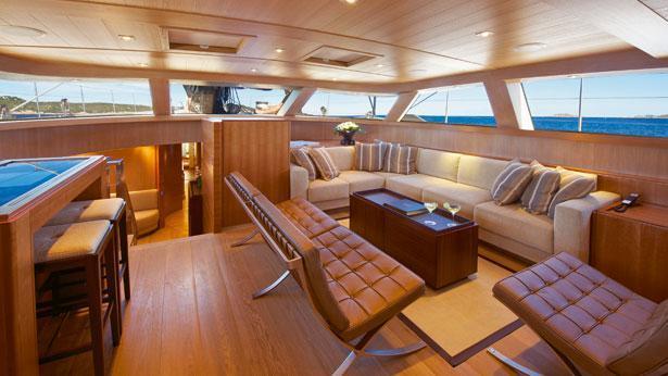 Sailing Yacht Sarissa upper saloon