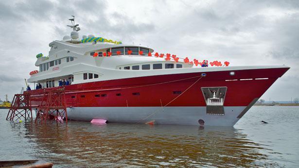 Super Yacht Artpolars