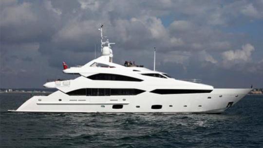 kefi chiqui motoryacht sunseeker yachts 40m 2011 profile before refit