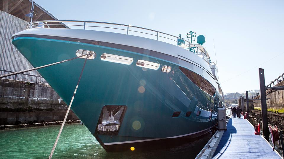 odyssey anka motoryacht princess yachts 40m 2015 bow