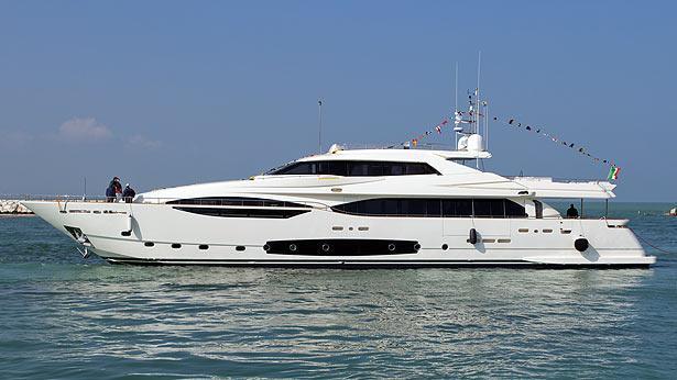 Super Yacht CL124/4