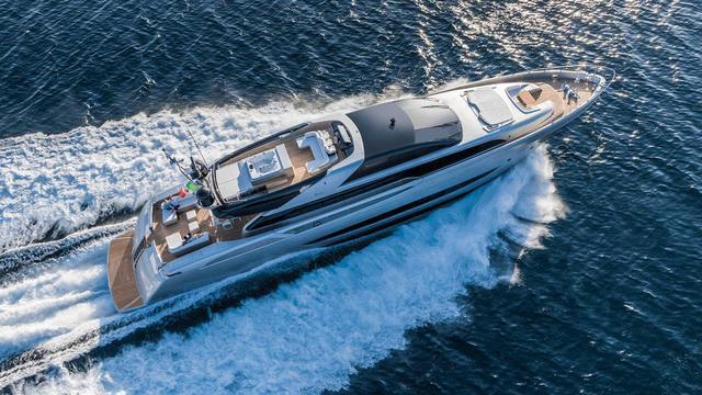 fora sol motoryacht riva mythos 37m 2014 aerial