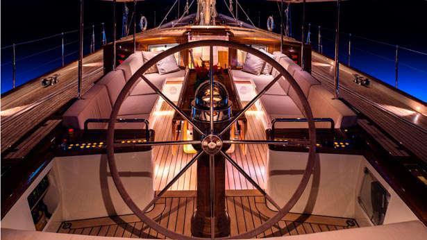 Sailing Yacht Pumula's helm