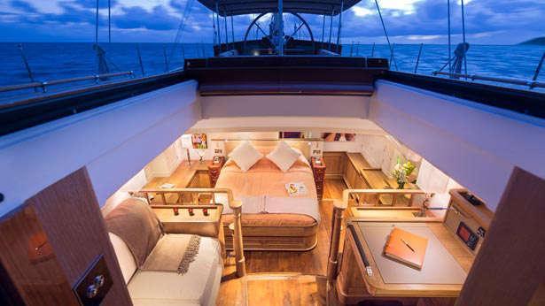 Sailing Yacht Pumula interior