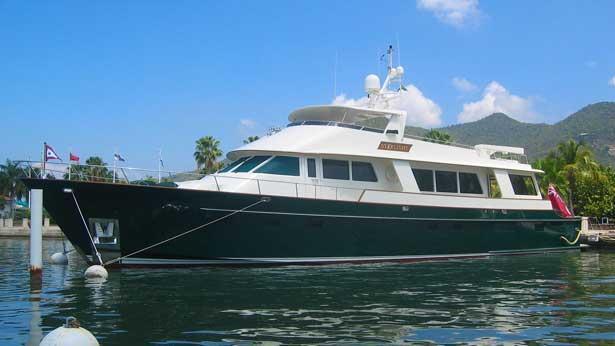 super-yacht-starlight