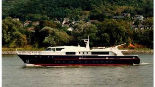 super-yacht-Evanna
